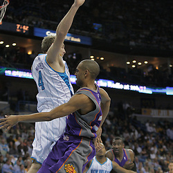 03 December 2008:  Phoenix Suns forward Grant Hill (33) throws past New Orleans Hornets forward Sean Marks (4) during a 104-91 victory by the New Orleans Hornets over the Phoenix Suns at the New Orleans Arena in New Orleans, LA..