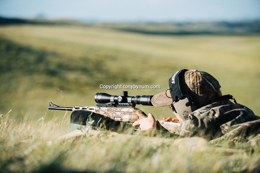 target shooting children prairie dog hunting mossberg rifles
