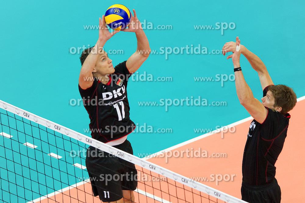 10.09.2011, O2 Arena, Prag, CZE, Europameisterschaft Volleyball Maenner, Vorrunde D, Deutschland (GER) vs Polen (POL), im Bild Lukas Kampa (#11 GER / Bottrop GER), Stefan Hübner/Huebner (#9 GER / Dueren GER) // during the 2011 CEV European Championship, Germany vs Poland at O2 Arena, Prague, 2011-09-10. EXPA Pictures © 2011, PhotoCredit: EXPA/ nph/  Kurth       ****** out of GER / CRO  / BEL ******