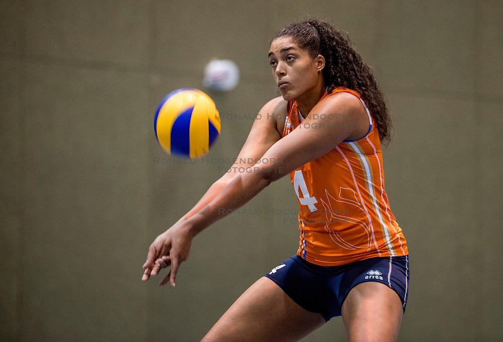 10-05-2018 NED: Training Dutch volleyball team women, Arnhem<br /> Celeste Plak #4 of Netherlands