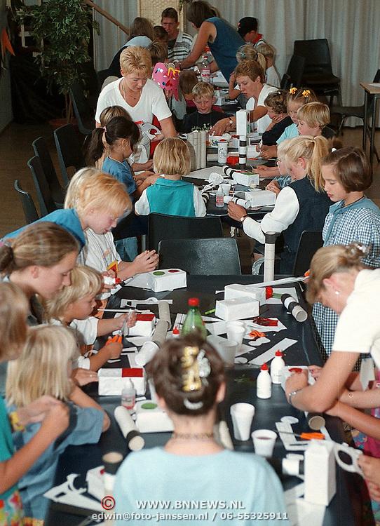 Kinderbijbelweek 1999 in de Zenderkerk Huizen