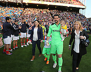 Dundee applaud Julian Speroni and family prior to kick off - Crystal Palace v Dundee - Julian Speroni testimonial match at Selhurst Park<br /> <br />  - © David Young - www.davidyoungphoto.co.uk - email: davidyoungphoto@gmail.com