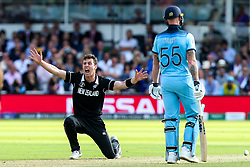 Matt Henry of New Zealand appeals for an LBW against Jos Buttler of England - Mandatory by-line: Robbie Stephenson/JMP - 14/07/2019 - CRICKET - Lords - London, England - England v New Zealand - ICC Cricket World Cup 2019 - Final