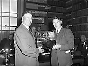 08/05/1958<br /> 05/08/1958<br /> 08 May 1958<br /> <br /> RDS Spring Show - Trophies Presented