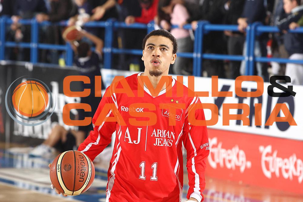 DESCRIZIONE : Porto San Giorgio Lega A 2010-11 Fabi Montegranaro Armani Jeans Milano<br /> GIOCATORE : Ibrahim Jaaber<br /> SQUADRA : Armani Jeans Milano<br /> EVENTO : Campionato Lega A 2010-2011<br /> GARA : Fabi Montegranaro Armani Jeans Milano<br /> DATA : 28/10/2010<br /> CATEGORIA : ritratto<br /> SPORT : Pallacanestro<br /> AUTORE : Agenzia Ciamillo-Castoria/C.De Massis<br /> Galleria : Lega Basket A 2010-2011<br /> Fotonotizia : Porto San Giorgio Lega A 2010-11 Fabi Montegranaro Armani Jeans Milano<br /> Predefinita :