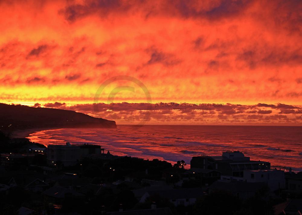 Sunrises over may 2018 St Clair / Ocean Beach, Dunedin, NZ