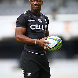 DURBAN, SOUTH AFRICA - APRIL 13: Makazole Mapimpi of the Cell C Sharks during the Cell C Sharks captains run at Jonnsons Kings Park on April 13, 2017 in Durban, South Africa. (Photo by Steve Haag/Gallo Images)