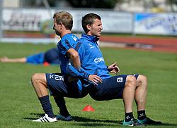 01.08.2010, TSV 1860 München im Trainingslager in Wörgl, Österreich. Stefan Aigner (1860) und Benny Lauth (1860) warm up together