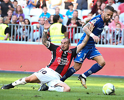 wesley Sneijder (R) Nice in duel with Anthony Goncalves Strasbourg during the match of League 1 at the Allianz Riviera Stadium in Nice in France on October 22nd, 2017. Nice defeated against Strasbourg 1-2  (Credit Image: © Serge Haouzi/Xinhua via ZUMA Wire)