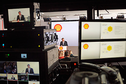 Today, Thursday 2nd February 2017, Royal Dutch Shell Plc announced their 4th Quarter and Full Year 2016 Results.<br /> <br /> Royal Dutch Shell Chief Executive Officer Ben van Buerden commented:<br /> &ldquo;We are reshaping Shell and delivered a good cash flow performance this quarter with over $9 billion in cash flow from operations. Debt has been reduced and, for the second consecutive quarter, free cash flow more than covered our cash dividend&hellip;&rdquo;<br /> <br /> Compulsory Credit: Ed Robinson/Newscast<br /> <br /> NOTE TO EDITORS<br /> Images provided are free of charge for unrestricted global media use.