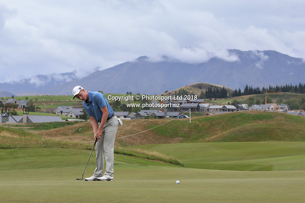 Nick Voke on the 9th green, Day 1 of the 2018 ISPS Handa New Zealand Golf Open. Millbrook golf course, Arrowtown, New Zealand. Thursday 1 March 2018. © Copyright Photo: Richard Greenfield / www.photosport.nz