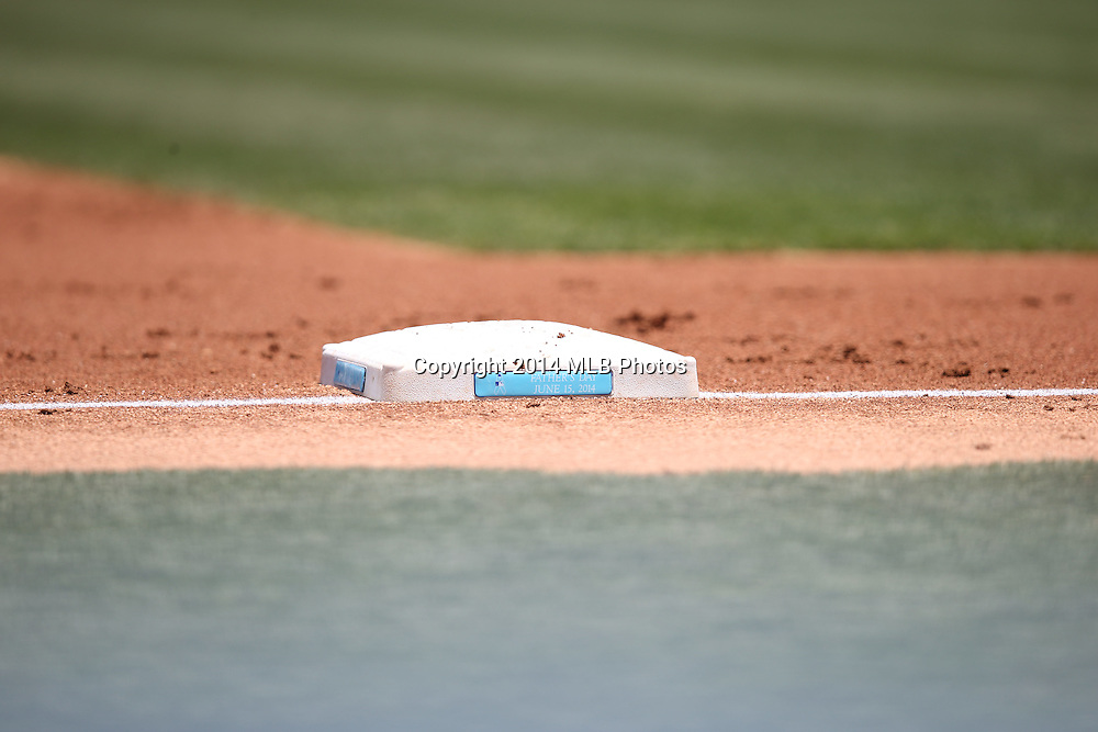 LOS ANGELES, CA - JUNE 15:  Third base is decorated with a Father's Day plaque in blue for prostate cancer awareness at the Los Angeles Dodgers Father's Day game against the Arizona Diamondbacks at Dodger Stadium on Sunday, June 15, 2014 in Los Angeles, California. The Diamondbacks won the game 6-3. (Photo by Paul Spinelli/MLB Photos via Getty Images)
