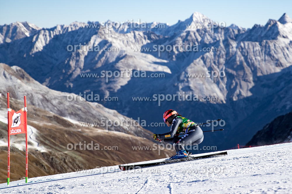 22.10.2016, Rettenbachferner, Soelden, AUT, FIS Weltcup Ski Alpin, Soelden, Riesenslalom, Damen, 1. Durchgang, im Bild Federica Brignone (ITA) // Federica Brignone of Italy in action during 1st run of ladies Giant Slalom of the FIS Ski Alpine Worldcup opening at the Rettenbachferner in Soelden, Austria on 2016/10/22. EXPA Pictures © 2016, PhotoCredit: EXPA/ Johann Groder