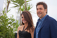 Javier Bardem and Penelope Cruz at the Everybody Knows film photo call at the 71st Cannes Film Festival, Wednesday 9th May 2018, Cannes, France. Photo credit: Doreen Kennedy