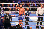 Tony Bellew salutes the crowd end of round 1 at the O2 Arena, London, United Kingdom on 5 May 2018. Picture by Phil Duncan.