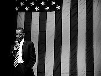 US Senator and presidential candidate Barack Obama, D-IL speaks to supporters at a fund raiser at the Milwaukee Theater Monday April 16, 2007 snake at Jeff phelps farm.  (Photo by/Darren  Hauck).