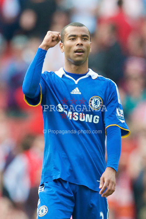 LONDON, ENGLAND - Sunday, May 10, 2009: Chelsea's Ashley Cole celebrates his side's 4-1 victory over Arsenal during the Premiership match at the Emirates Stadium. (Photo by David Rawcliffe/Propaganda)