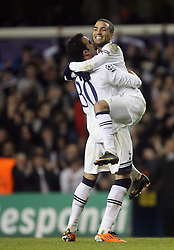 09.03.2011, White Hart Lane, London, ENG, UEFA CL, Tottenham Hfc vs AC Milan, im Bild Tottenham's Aaron Lennon celebrates with Tottenham's Sandro Ranieri   during Tottenham Hfc vs AC Milan for the last 16 round of the UCL at White Hart Lane   in London on 09/03/2011. EXPA Pictures © 2011, PhotoCredit: EXPA/ IPS/ Marcello Pozzetti +++++ ATTENTION - OUT OF ENGLAND/UK and FRANCE/FR +++++