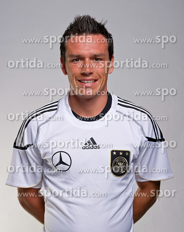 02.06.2010, Commerzbank-Arena, Frankfurt, GER, FIFA Worldcup, Spielerportraits, im Bild Piotr Trochowski ( Hamburger SV #15 )  EXPA Pictures © 2010, PhotoCredit: EXPA/ nph/  Kokenge / SPORTIDA PHOTO AGENCY