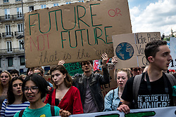 May 24, 2019 - Lyon, France - Demonstration against global warming at the initiative of the Youth For Climate association, alongside associations such as Alternatiba, ANV COP 21 and Greenpeace in Lyon, France, on 24 May 2019. (Credit Image: © Nicolas Liponne/NurPhoto via ZUMA Press)