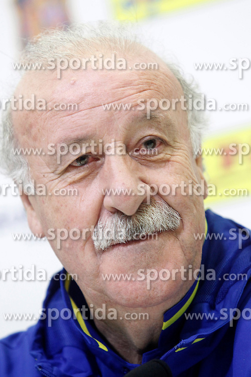 21.03.2016, Ciudad del Futbol de Las Rozas, Madrid, ESP, RFEF, Pressekonferenz spanische Fu&szlig;ballnationalmannschaft, im Bild Coach Vicente del Bosque during trade event // during a press conference of spanish national football Team at the Ciudad del Futbol de Las Rozas in Madrid, Spain on 2016/03/21. EXPA Pictures &copy; 2016, PhotoCredit: EXPA/ Alterphotos/ Acero<br /> <br /> *****ATTENTION - OUT of ESP, SUI*****