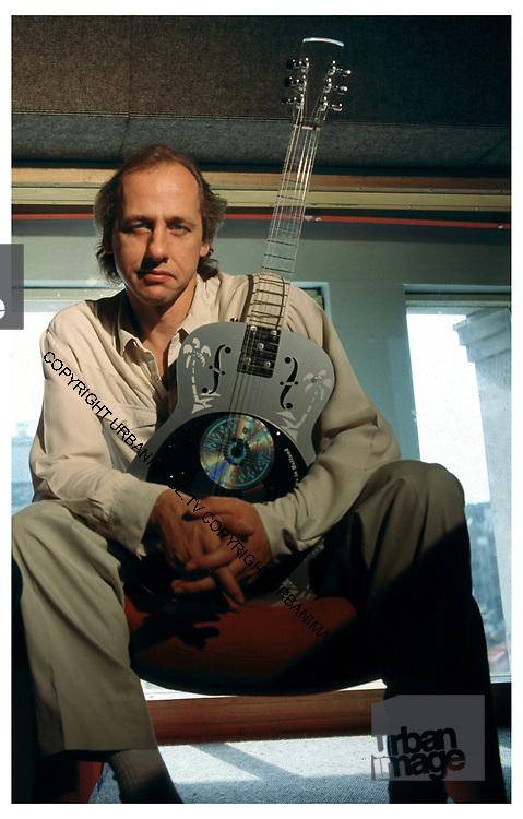 Mark Knopfler - Dire Straits