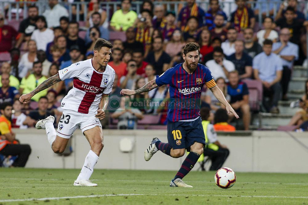صور مباراة : برشلونة - هويسكا 8-2 ( 02-09-2018 )  20180902-zaa-n230-743