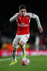 Hector Bellerin of Arsenal in action - Mandatory byline: Jason Brown/JMP - 07966386802 - 09/01/2016 - FOOTBALL - Emirates Stadium - London, England - Arsenal v Sunderland - The Emirates FA Cup
