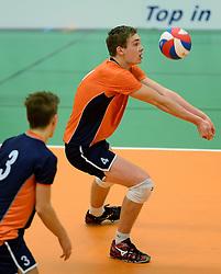 29-12-2014 NED: Eurosped Volleybal Experience Nederland - Belgie -19, Almelo<br /> Nederland verliest met 3-2 van Belgie / Ruben Penninga