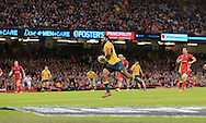 Tevita Kuridrani of Australia scores a try during the International Test Match match at the Millennium Stadium, Cardiff<br /> Picture by Michael Whitefoot/Focus Images Ltd 07969 898192<br /> 08/11/2014