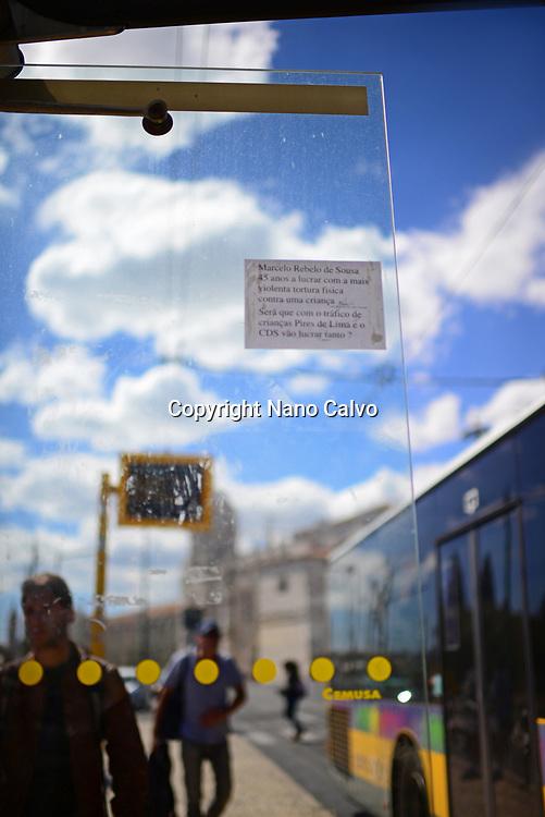 Note in tram stop, Belem, Lisbon