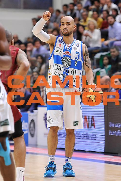 DESCRIZIONE : Campionato 2014/15 Dinamo Banco di Sardegna Sassari - Umana Reyer Venezia<br /> GIOCATORE : David Logan<br /> CATEGORIA : Palleggio Schema Mani<br /> SQUADRA : Dinamo Banco di Sardegna Sassari<br /> EVENTO : LegaBasket Serie A Beko 2014/2015<br /> GARA : Dinamo Banco di Sardegna Sassari - Umana Reyer Venezia<br /> DATA : 03/05/2015<br /> SPORT : Pallacanestro <br /> AUTORE : Agenzia Ciamillo-Castoria/L.Canu