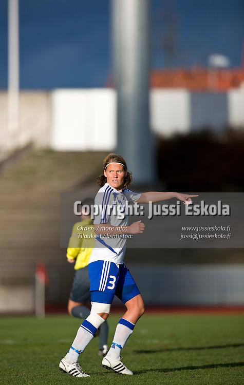 Jessica Julin. 100. maaottelu. Suomi - Islanti. Naisten maajoukkue. Lahti 7.5.2008. Photo: Jussi Eskola