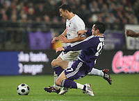 Photo: Maarten Straetemans/Sportsbeat Images.<br /> Anderlecht v Tottenham Hotspur. UEFA Cup. 06/12/2007.<br /> Steed Malbranque (Tottenham) with Wasilewski