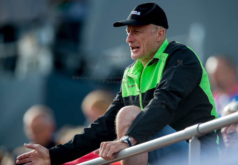 06-07-2016 NED: European Athletics Championships, Amsterdam<br /> Coach of Robert Renner SLO