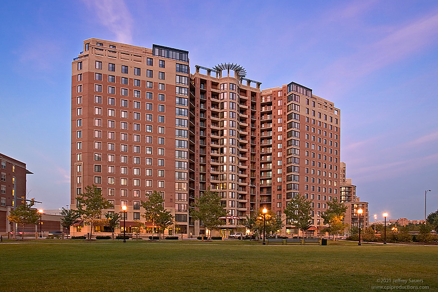 Arlington Virginia Architectural Photographer Jeffrey Sauers image of Metropolitan Apartments by Commercial Photographics