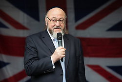 © Licensed to London News Pictures . 16/09/2018. Manchester, UK. Chief Rabbi EPHRAIM MIRVIS . Thousands of people including the UK's Chief Rabbi and several Members of Parliament attend a demonstration against rising anti-Semitism in British politics and society , at Cathedral Gardens in Manchester City Centre . Photo credit : Joel Goodman/LNP