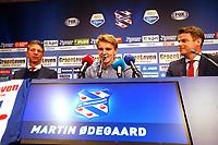 Fotball , 10. janaur 2017 <br />  Heerenveen ,  Martin Odegaard .<br /> Martin Ødegaard klar for utlån i Heerenveen<br /> Technisch manager Gerry Hamstra, Martin Odegaard, SC <br /> Norway only<br /> INNGAR IKKE I FASTAVTALER - KUN STYKKPRIS