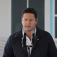 """Jocotitlán, México.- César Nomar Gómez Monje, Secretario de Salud durante la inauguración del Centro de Salud """"Los Reyes"""" y puso en marcha la Tercera Semana Nacional de Salud. Agencia MVT / José Hernández"""