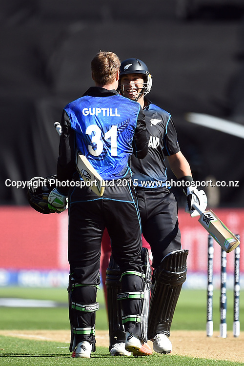 New Zealand batsman Martin Guptill congragulated by Ross Taylor on his century during the ICC Cricket World Cup Quaterfinal match between New Zealand and West Indies at Westpac Stadium in Wellington, New Zealand. Saturday 21  March 2015. Copyright Photo: Raghavan Venugopal / www.photosport.co.nz