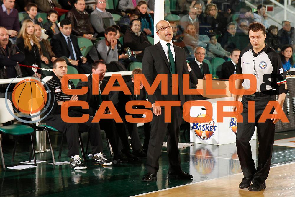 DESCRIZIONE : Avellino Lega A 2011-12 Sidigas Avellino Fabi Shoes Montegranaro<br /> GIOCATORE : Francesco Vitucci<br /> SQUADRA : Sidigas Avellino<br /> EVENTO : Campionato Lega A 2011-2012<br /> GARA : Sidigas Avellino Fabi Shoes Montegranaro<br /> DATA : 22/01/2012<br /> CATEGORIA : delusione<br /> SPORT : Pallacanestro<br /> AUTORE : Agenzia Ciamillo-Castoria/A.De Lise<br /> Galleria : Lega Basket A 2011-2012<br /> Fotonotizia : Avellino Lega A 2011-12 Sidigas Avellino Fabi Shoes Montegranaro<br /> Predefinita :