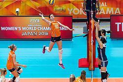 20-10-2018 JPN: Final World Championship Volleyball Women day 18, Yokohama<br /> China - Netherlands 3-0 / (L-R) Maret Balkestein-Grothues #6 of Netherlands, Lonneke Sloetjes #10 of Netherlands, Xinyue Yuan #1 of China