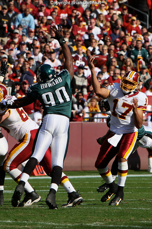 LANDOVER, MD - NOVEMBER 11: Darren Howard #90 of the Philadelphia Eagles blocks during the game against the Washington Redskins on November 11, 2007 at FedEx Field in Landover, Maryland. The Eagles won 33-25.
