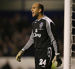 Liverpool, England - Wednesday, December 5, 2007: Everton's goalkeeper Tim Howard in action against Zenit St. Petersburg during the UEFA Cup Group A match at Goodison Park. (Photo by David Rawcliffe/Propaganda)