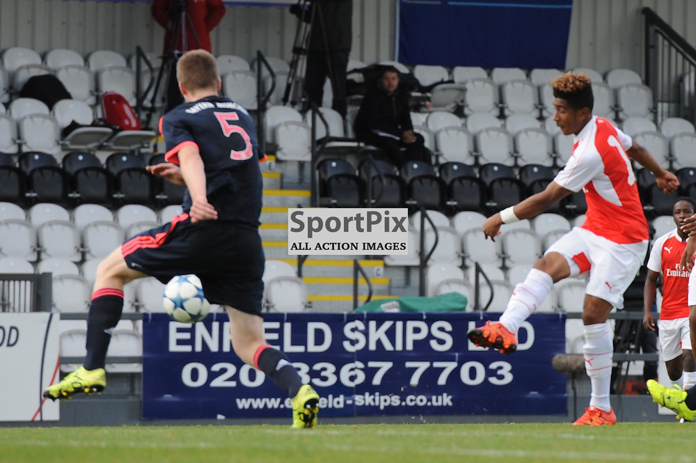 Arsenals Reiss Nelson gets a shot away during the Arsenal u19 v Bayern Munich u19 match on Tuesday 20th October 2015 in the UEFA Youth League at Borehamwood