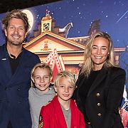 NLD/Amsterdam/20191005 - De Brief voor Sinterklaas, Jetteke van Lexmond met zoon June en partner Alex Jaspers