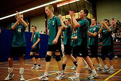11-04-2009 VOLLEYBAL: ASICS OPEN: APELDOORN <br /> In Apeldoorn werden de finales van AsicsOpen georganiseerd / Sudosa Assen - jeugd<br /> ©2009-WWW.FOTOHOOGENDOORN.NL