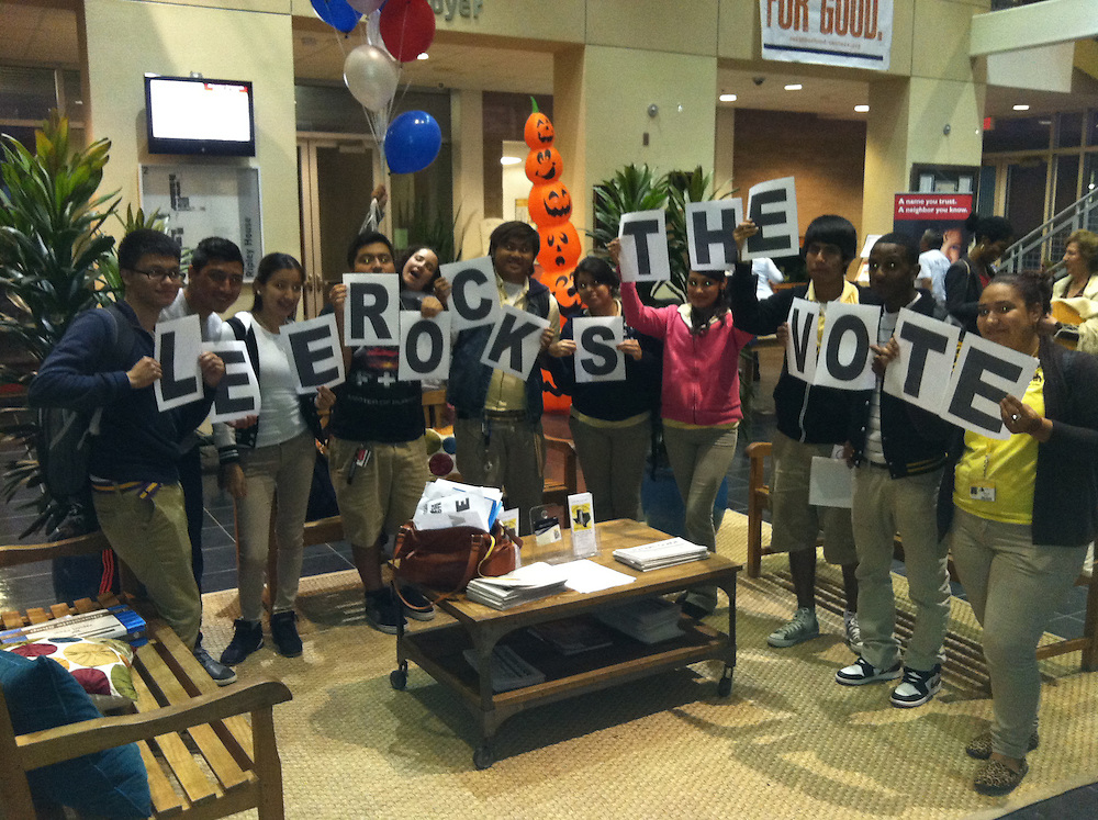 """Lee High School students """"Rock the Vote"""" as first-time voters.<br /> To submit photos for inclusion in eNews, send them to hisdphotos@yahoo.com."""