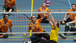 20-04-2019 NED: Dirk Kuyt Foundation Cup, Veenendaal<br /> National Cup sitting volleyball in Veenendaal / vv Apollo Mill vs. BVC Holyoke, Lisanne Hendrix #8, Chaine Verhees-Staelens #3