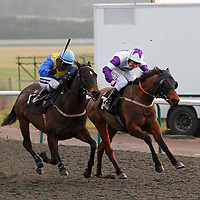 Efistorm and Hayley Turner winning the 5.05 race